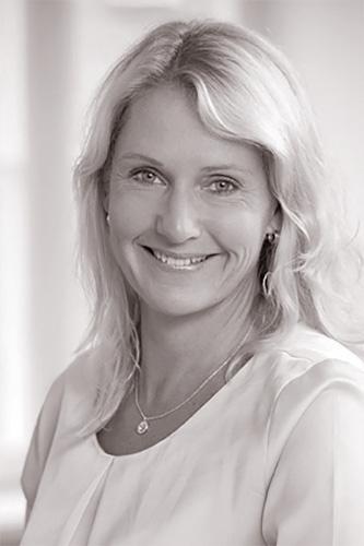Carina Edin Trojmar Porträtt 500px